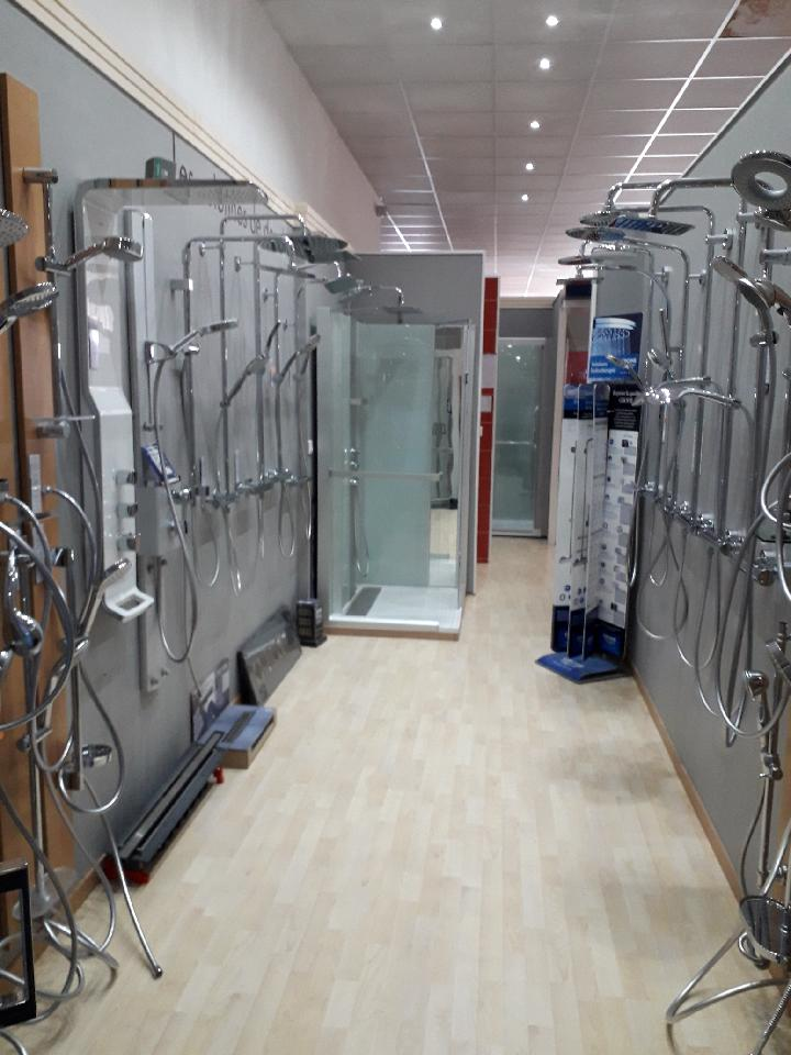 R ception c d o salle de bain maisons lara for Cabine de douche cedeo
