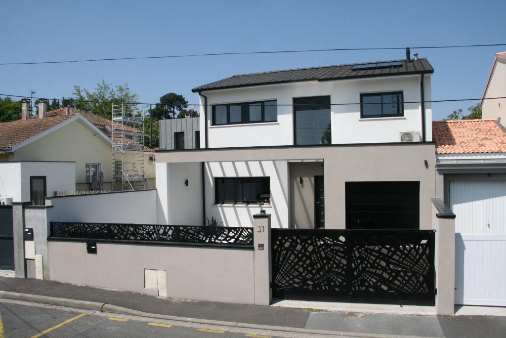Maison contemporaine et citadine sur Mérignac - Maisons Lara