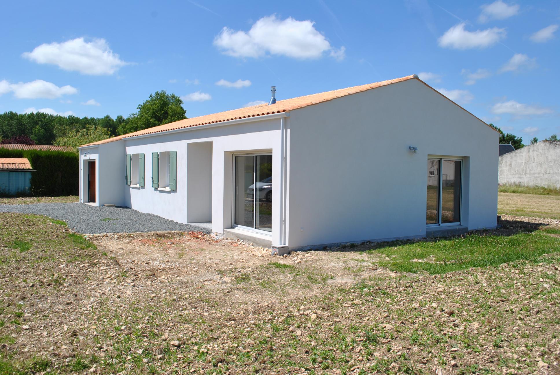 Mod le elodie 2 maisons lara for Constructeur maison individuelle 17000